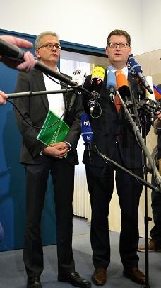 Nach Gesprächen mit den Grünen Tarek AL-Wazir mit Thorsten Schäfer-Gümbel